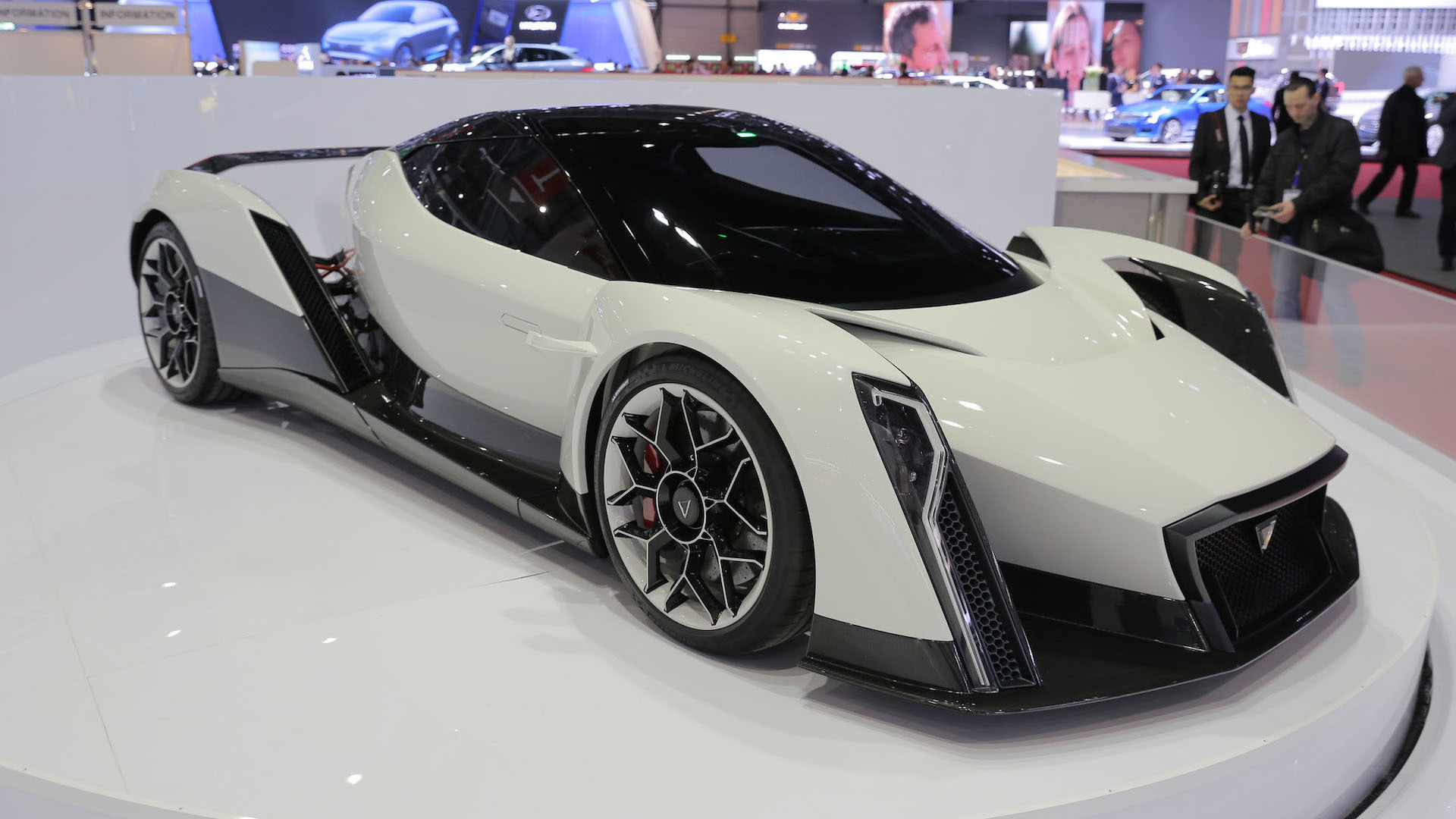 Cars Making Over Hp Debuted In Geneva