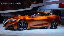 Nissan Sport Sedan concept live in Detroit