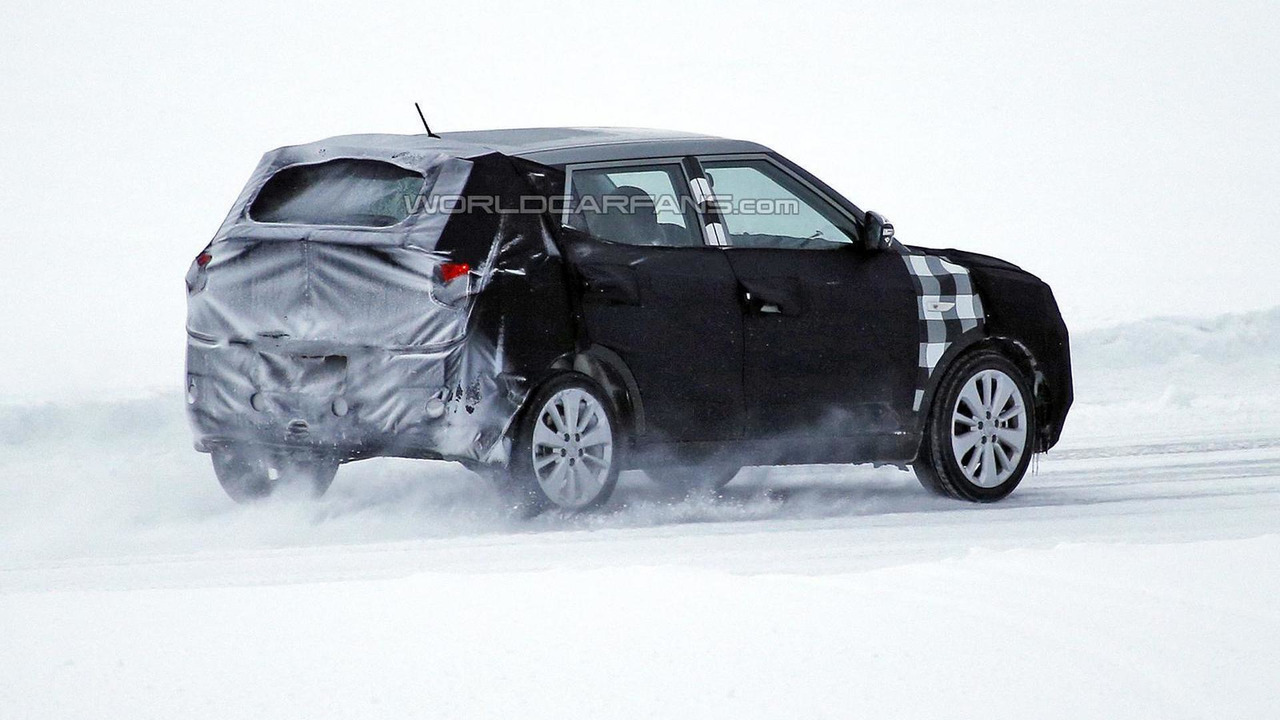 SsangYong crossover spy photo