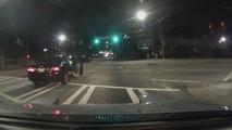 MR2 sürücüsünün filmleri aratmayan suçlu takibi
