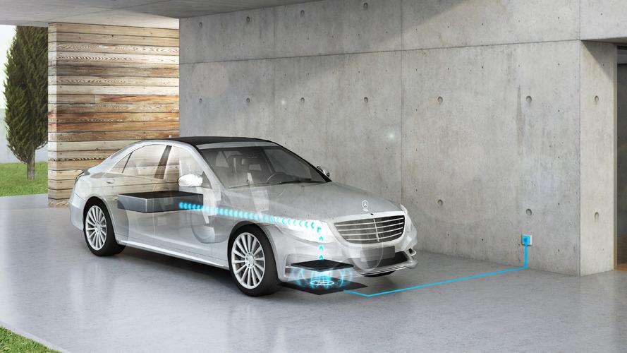 Mercedes, Tesla ve BMW i ile rekabet edebilmek için bir alt marka oluşturacak