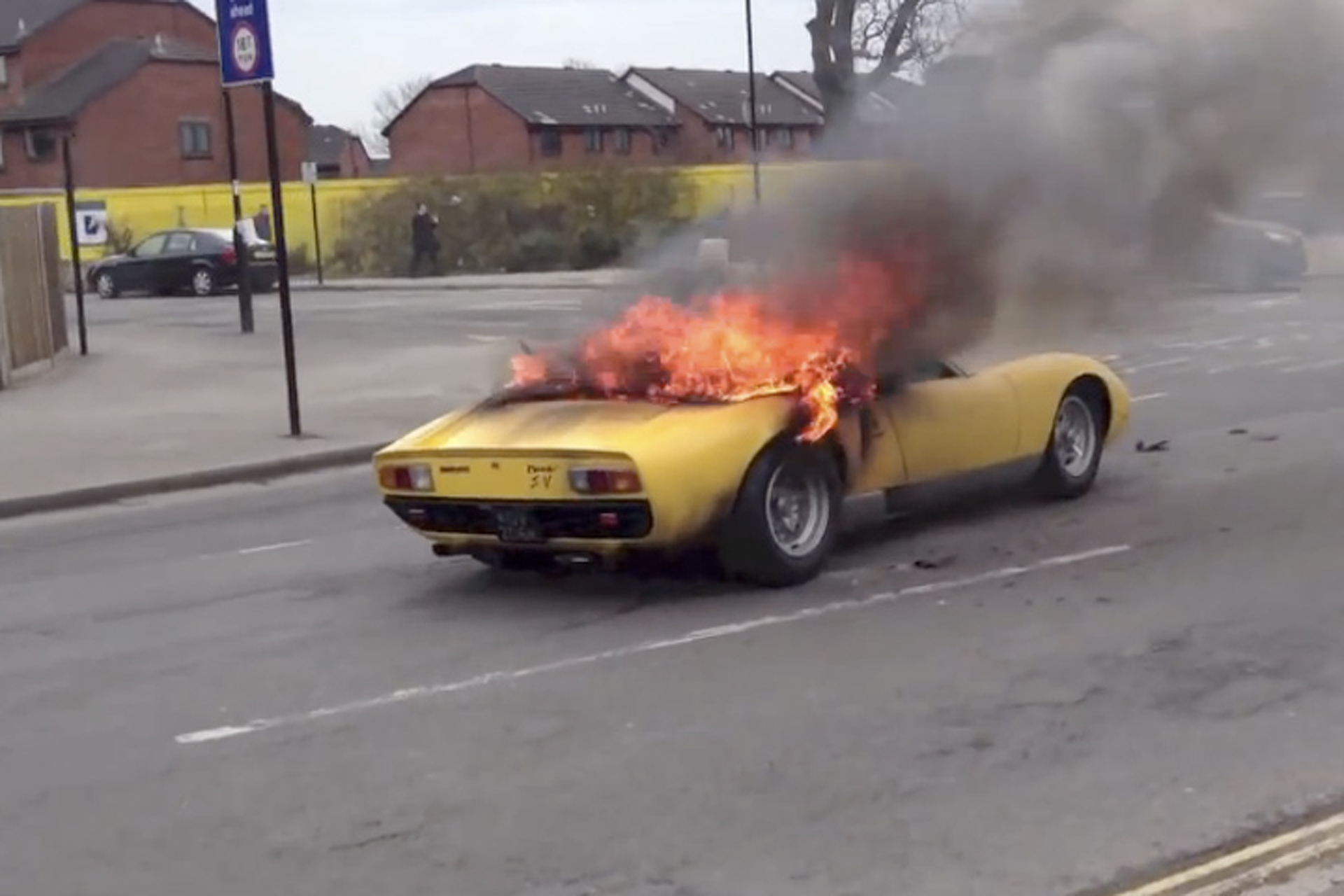$1.5 Million Lamborghini Goes Up in Flames Over Spark Plugs