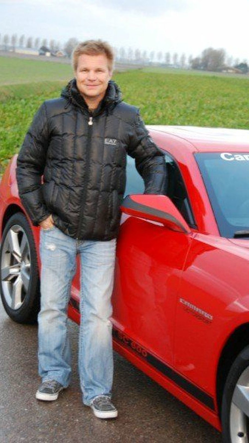 Ex-F1 Driver Mika Salo Takes Delivery of 600hp Supercharged Camaro