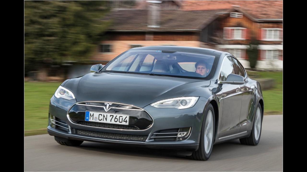 Model S fährt jetzt selber