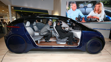XiM18 Concept Shows Vehicle Cabin Where You Don't Have To Drive