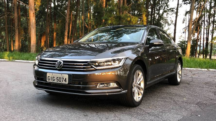VW Passat 2018 ganha nova multimídia com tela de 9,2