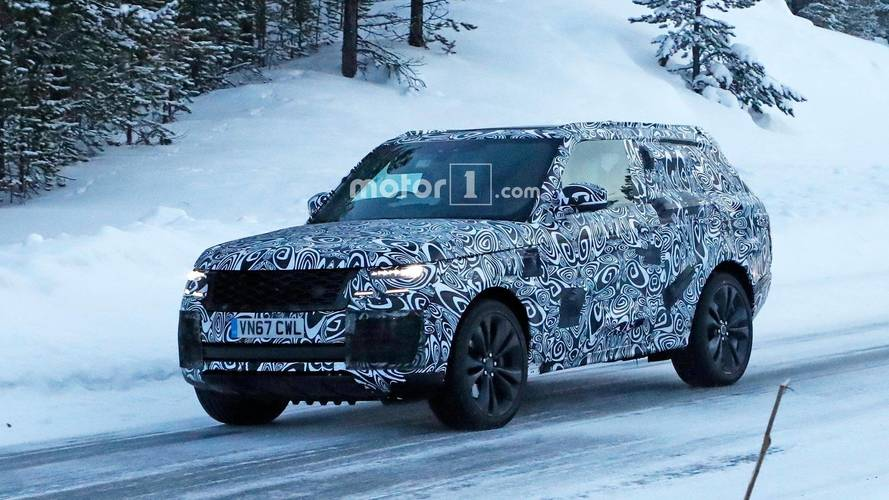 Range Rover Coupe spotted out testing for the first time