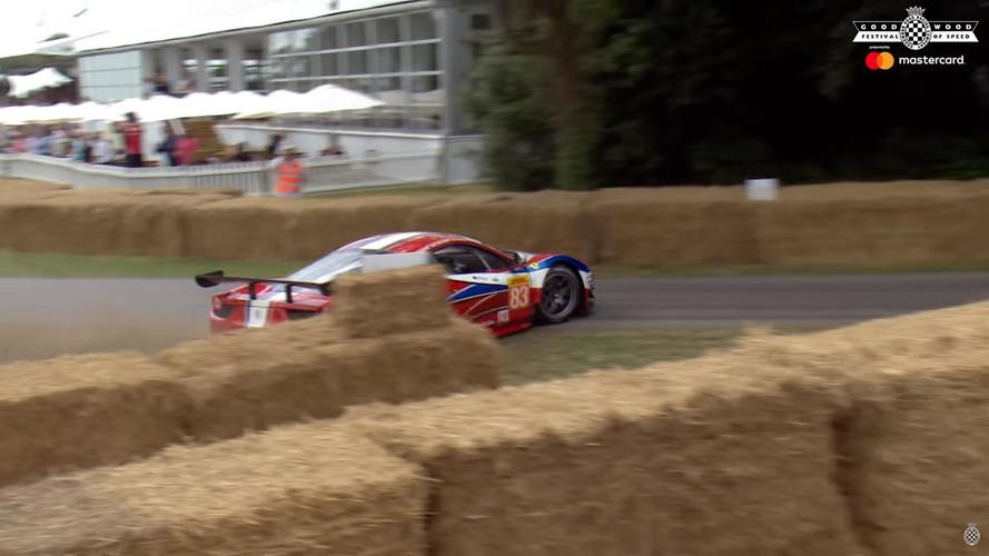 Csúnyán odacsapták a 458 GT2-es Ferrarit az idei Goodwood-on