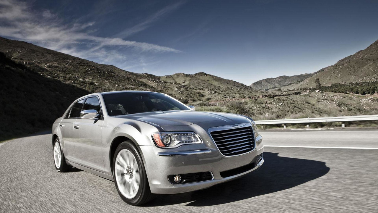 2013 Chrysler 300 04.9.2012