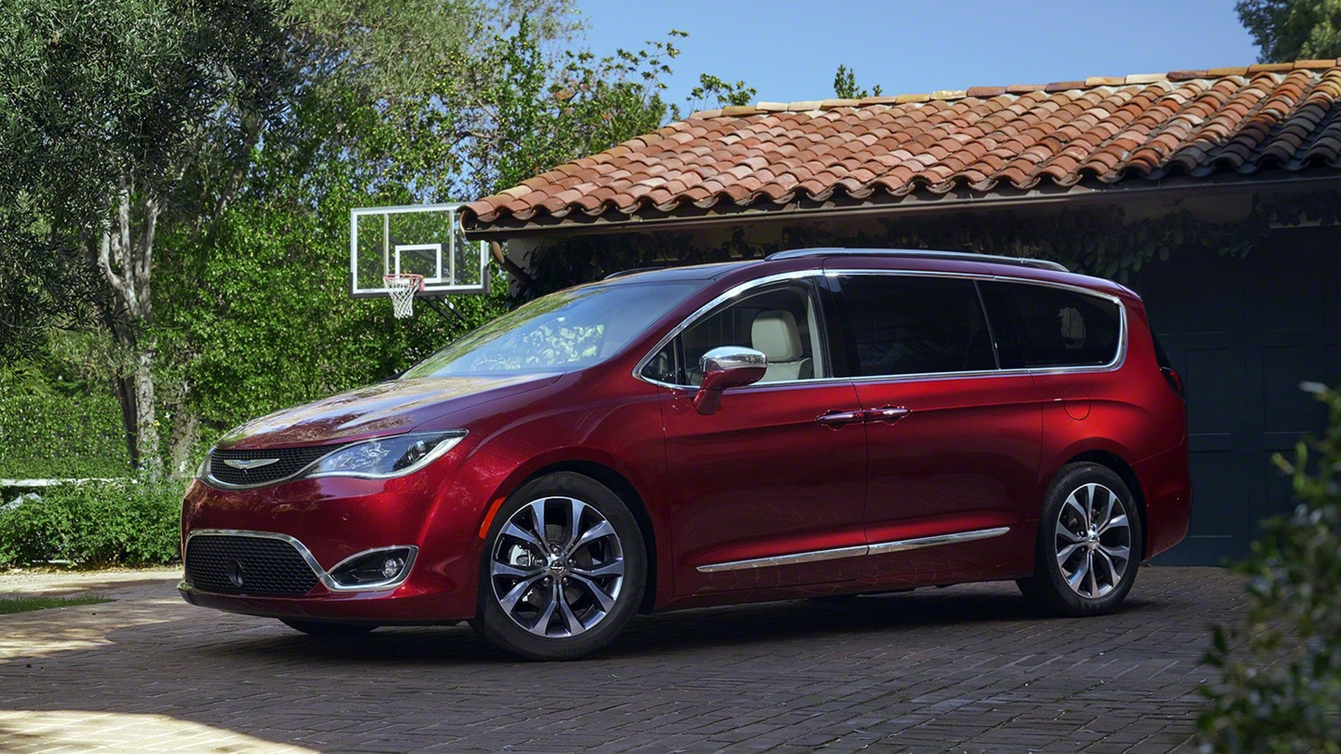 hybrid drive com pacifica chrysler expert limited of review test