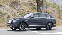Bentley Bentayga Plug-In Hybrid spy photo