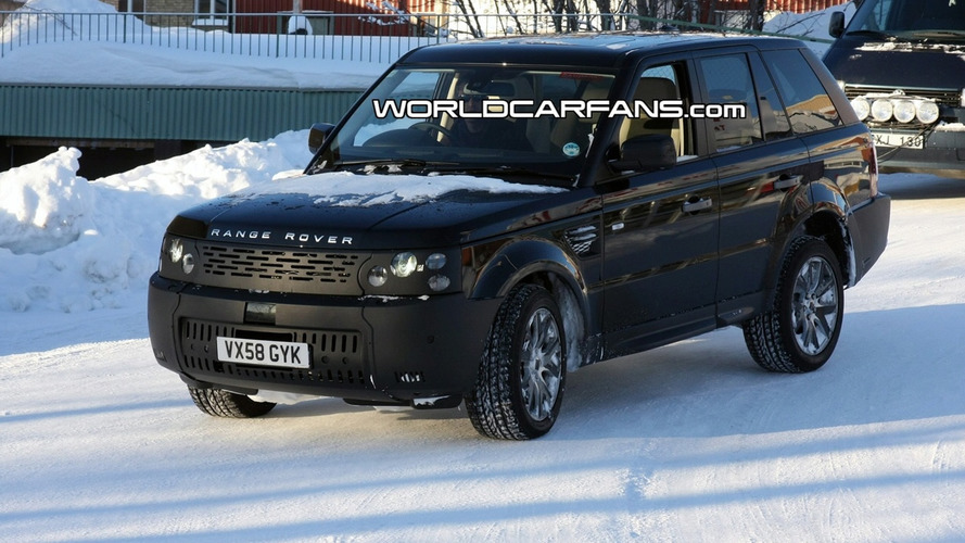 Facelifted Land Rover Discovery and Range Rover Sport Models Spied