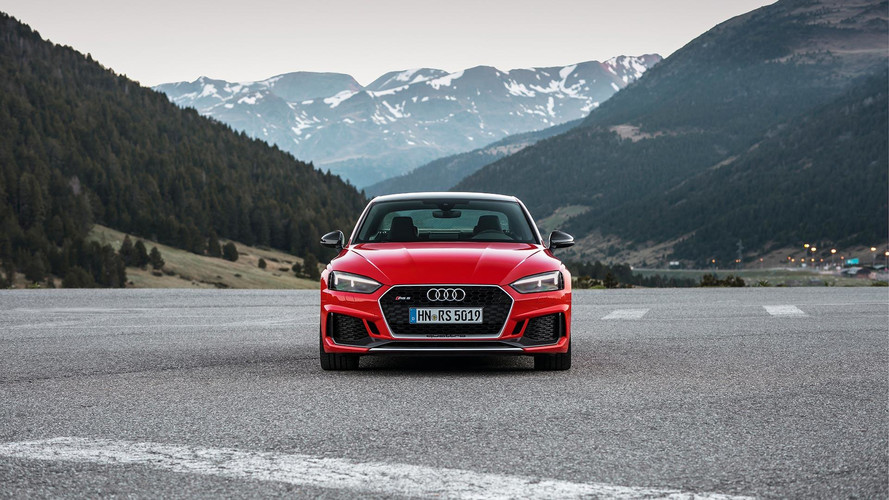 Audi RS4 Avant ve RS5 Carbon Edition