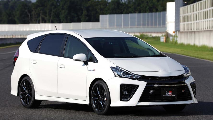 Toyota Prius Alpha GR Sport