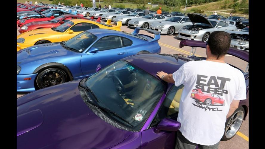 Toyota comemora aniversário de 20 anos do último Supra