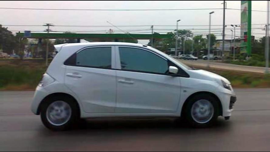 Honda Brio é flagrado na Tailândia - Modelo será fabricado no Brasil em 2013