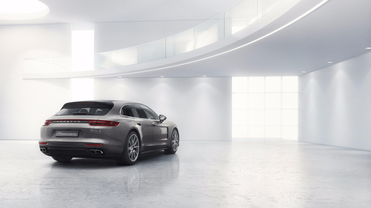 2018 Panamera Sport Turismo is the long-roof Porsche of ...