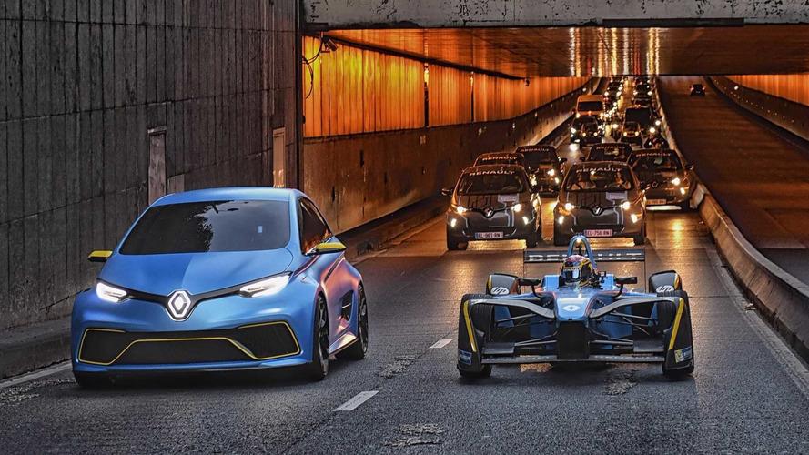 VIDÉO - La Renault Zoe e-Sport et la ZE16 en balade à Paris