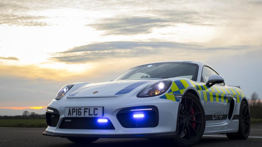 La police anglaise reçoit une Porsche Cayman GT4