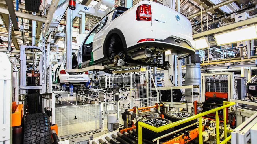 Anfavea - Produção de veículos recua em mês mais curto