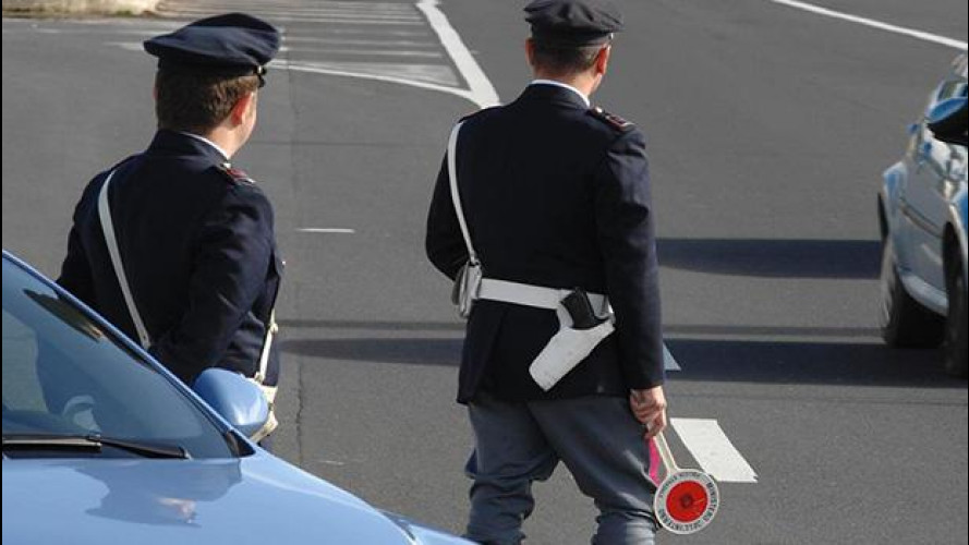 Guida senza patente: non più reato, ma multa di 5.000 euro