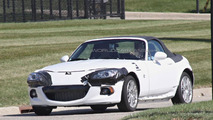 2015 Mazda MX-5 / 2016 Alfa Romeo Spider spy photo