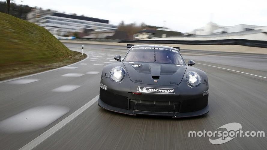Porsche'nin 2017 911 RSR yarış aracı