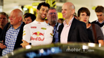 Ricciardo hoping for 'hyper-car' testing chance