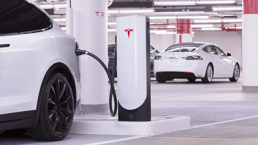 Tesla'nın, Türkiye'de hızlı şarj istasyonları tedarikçisi belli oldu