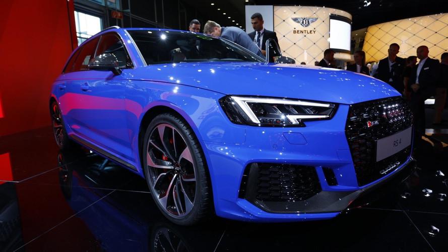 Novo Audi RS4 Avant ganha força com motor turbo de 456 cv