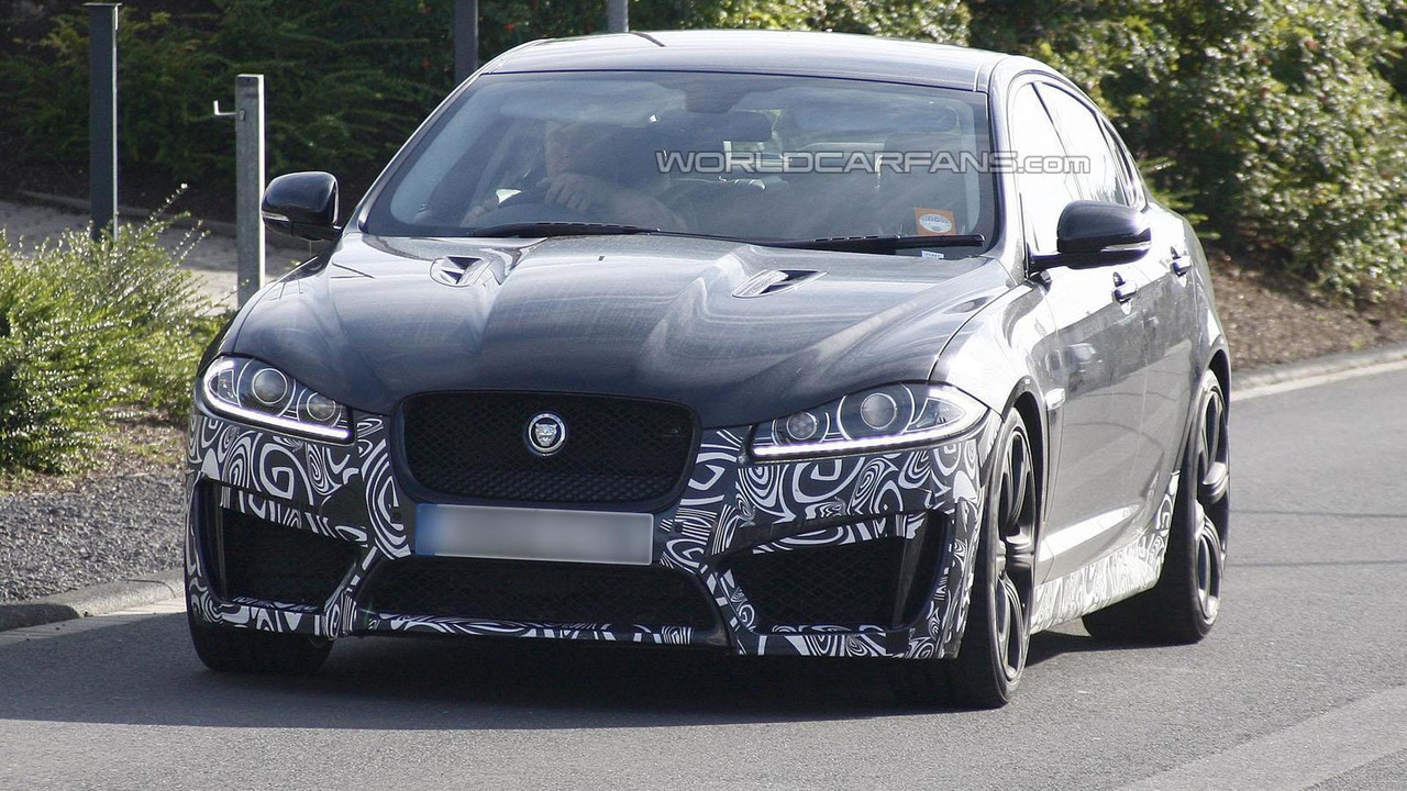 2013 Jaguar XFR-S spy photo 24.8.2012