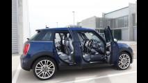 Este é o novo MINI Cooper na inédita versão quatro portas - veja galeria