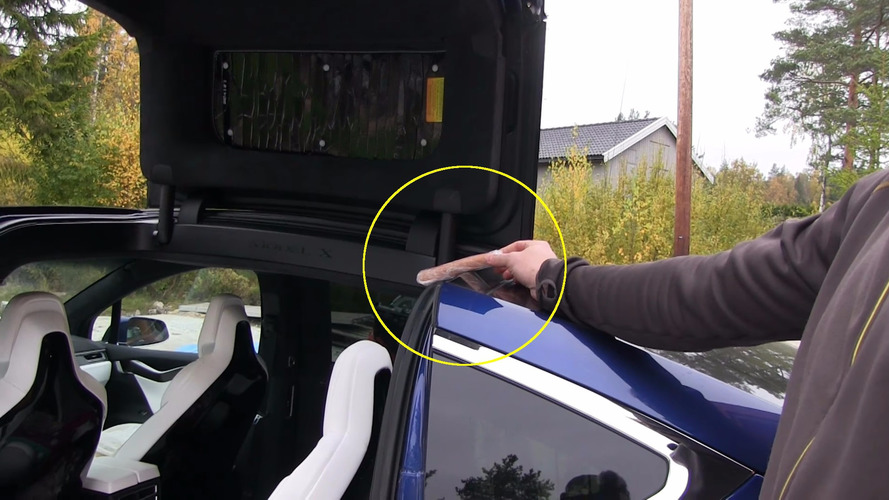 Tesla Model X falcon wing doors tested with food