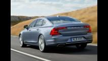Flagra: perua Volvo V90 aparece