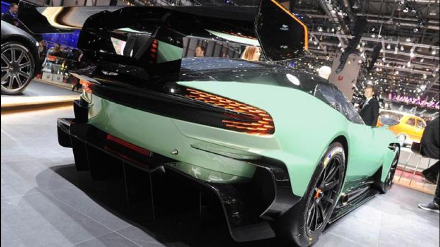 Salone di Ginevra, Aston Martin Vulcan in eruzione