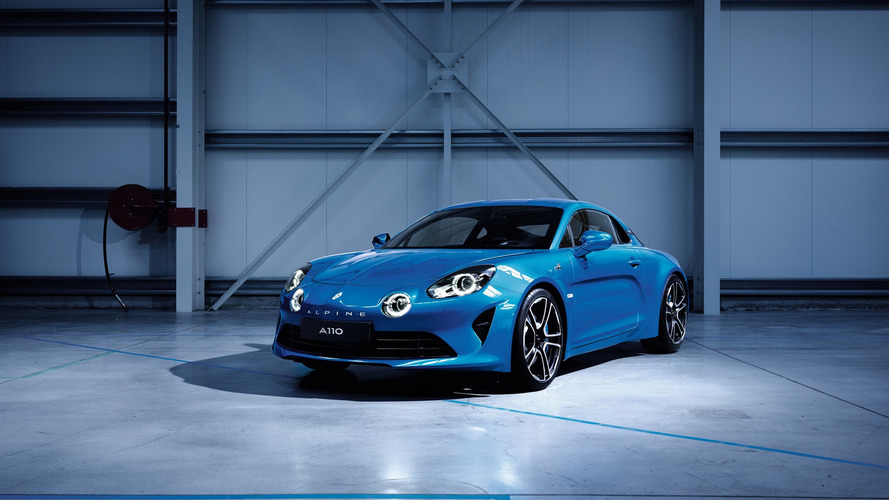 2018 Alpine A110 finally reveals its retrolicious body