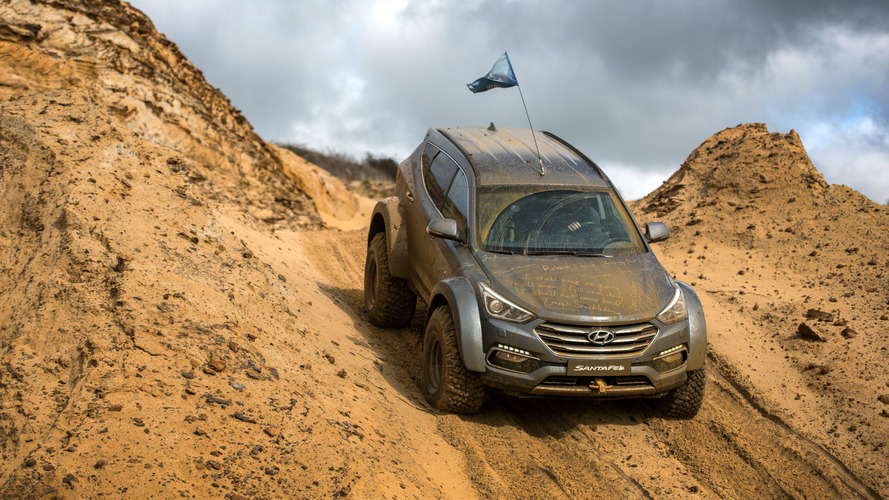 South Pole Conquering Hyundai Santa Fe In Our Hands