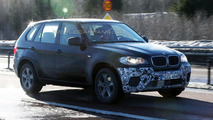 BMW X5 facelift spy photo with X6 front end