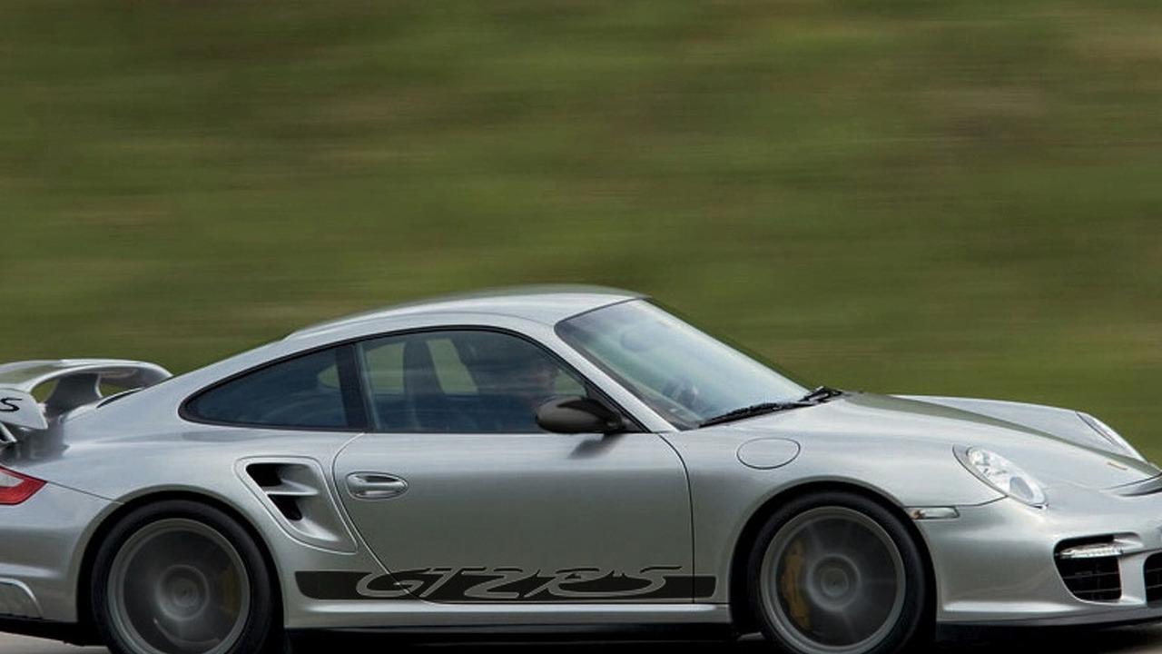 Porsche GT2 RS Rendering