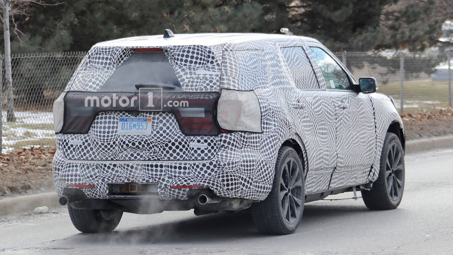 VWVortex.com - Next-gen 2019 Ford Explorer mule spied ...