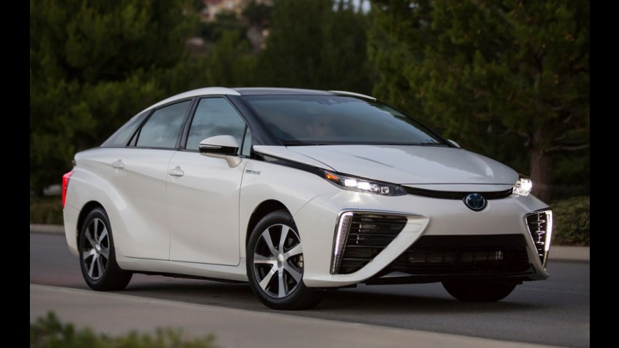 Mirai vai dar cria: Toyota planeja SUV e cupê movidos a hidrogênio