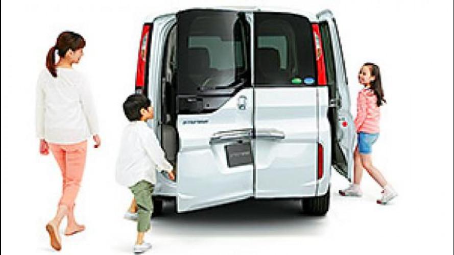 Honda trasforma il portellone in una portiera