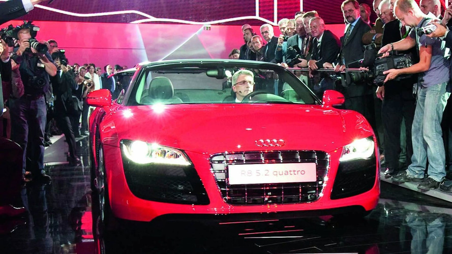 Audi R8 Spyder Officially Unveiled [Video]