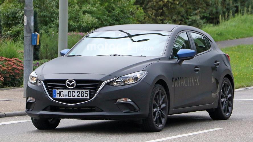 Mazda3 Skyactiv-X motor test prototipleri