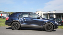 Bentley Bentayga spy photo