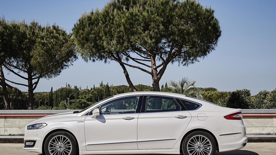 Ford shows off Mondeo Vignale in fresh gallery (33 pics)