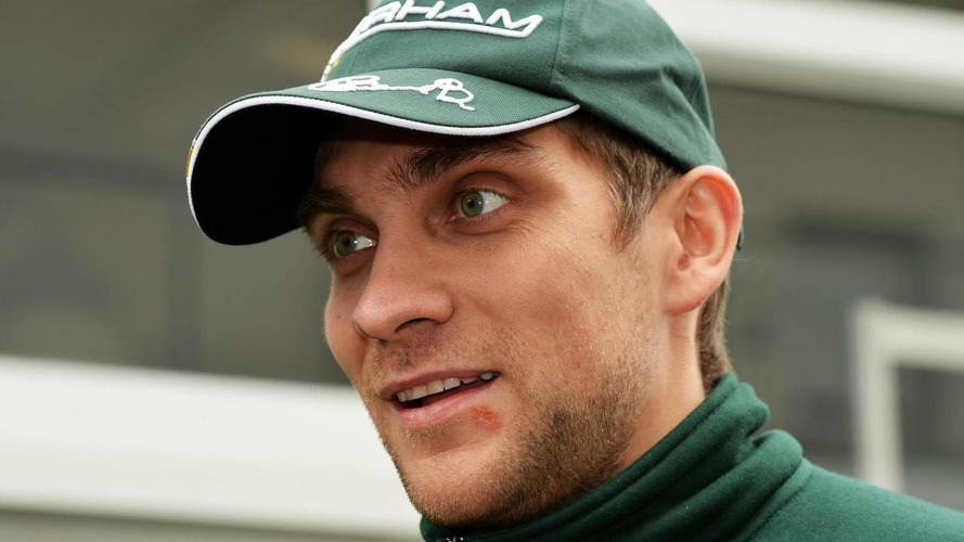 Petrov could oust Sirotkin at Sauber - report