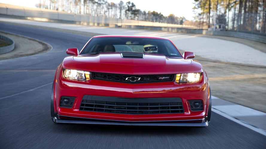 Chevrolet says Camaro Z/28 engineers had to stop the wheel from rotating inside the tire [video]