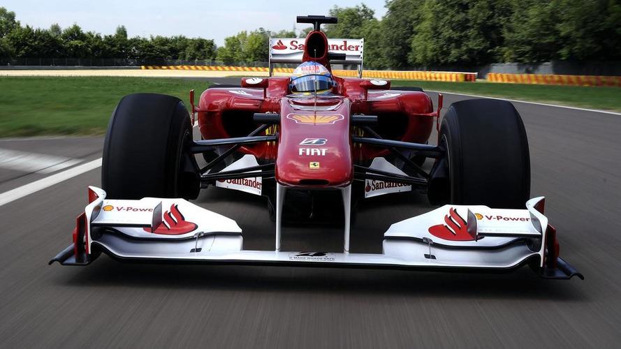 F1 faces at MotoGP, while Lotus and Ferrari test