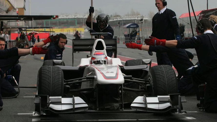 Sauber's Ferrari engine problems 'strange' - Marc Gene